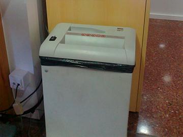 destructora de papel Almeda CoWorking